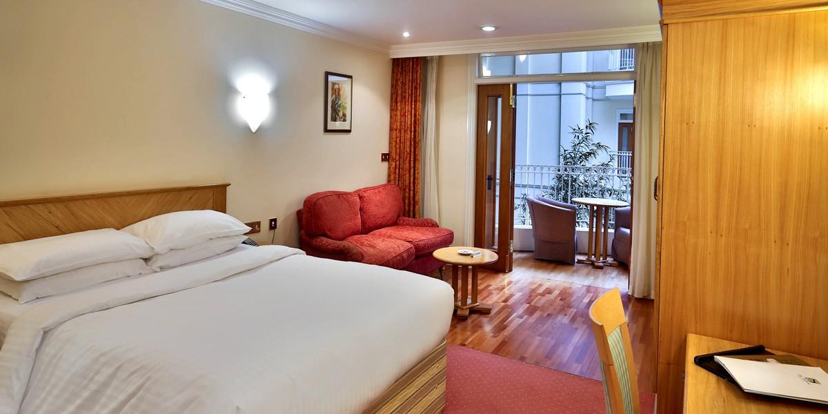 Atrium Double Bedroom