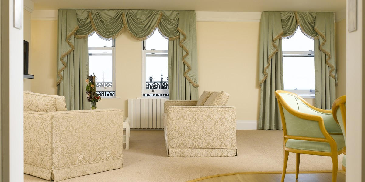 Luxury Suite - Hilary Suite