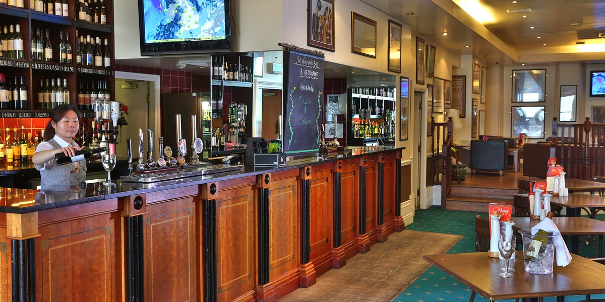 Sir Normans Bar