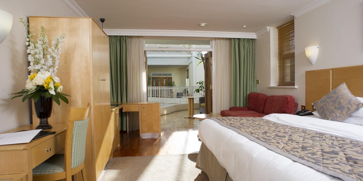 Atrium Deluxe Bedroom