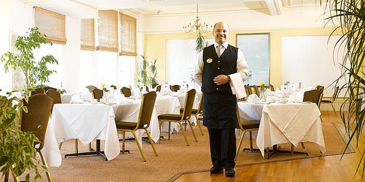 Harris Restaurant